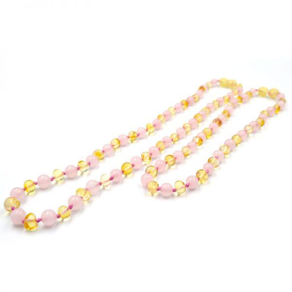 Kit com 2 colares de âmbar para adulto e bebê barroco limão e quartzo rosa polido