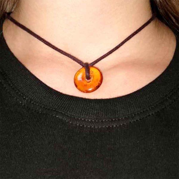 Amuleto de âmbar pingente para adulto cognac polido  - 60 cm